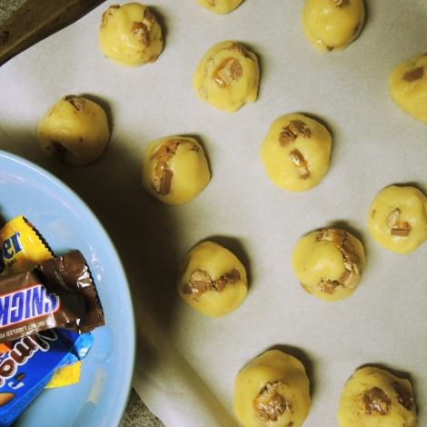 Leftover Halloween Candy Sugar Cookies (via thetulleshoppe.com)